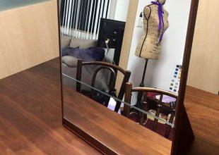 オーダー家具 キャリアケースに入る「からくり鏡」