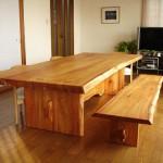 東京のオーダー家具ユウキが作ったご自宅の庭のケヤキで作ったダイニングテーブル