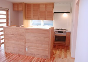 タモ無垢材のオーダーキッチン