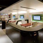 東京のオーダー家具ユウキが作った鏡面塗装接客テーブル