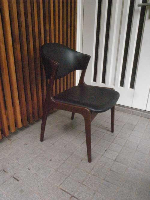 アール椅子