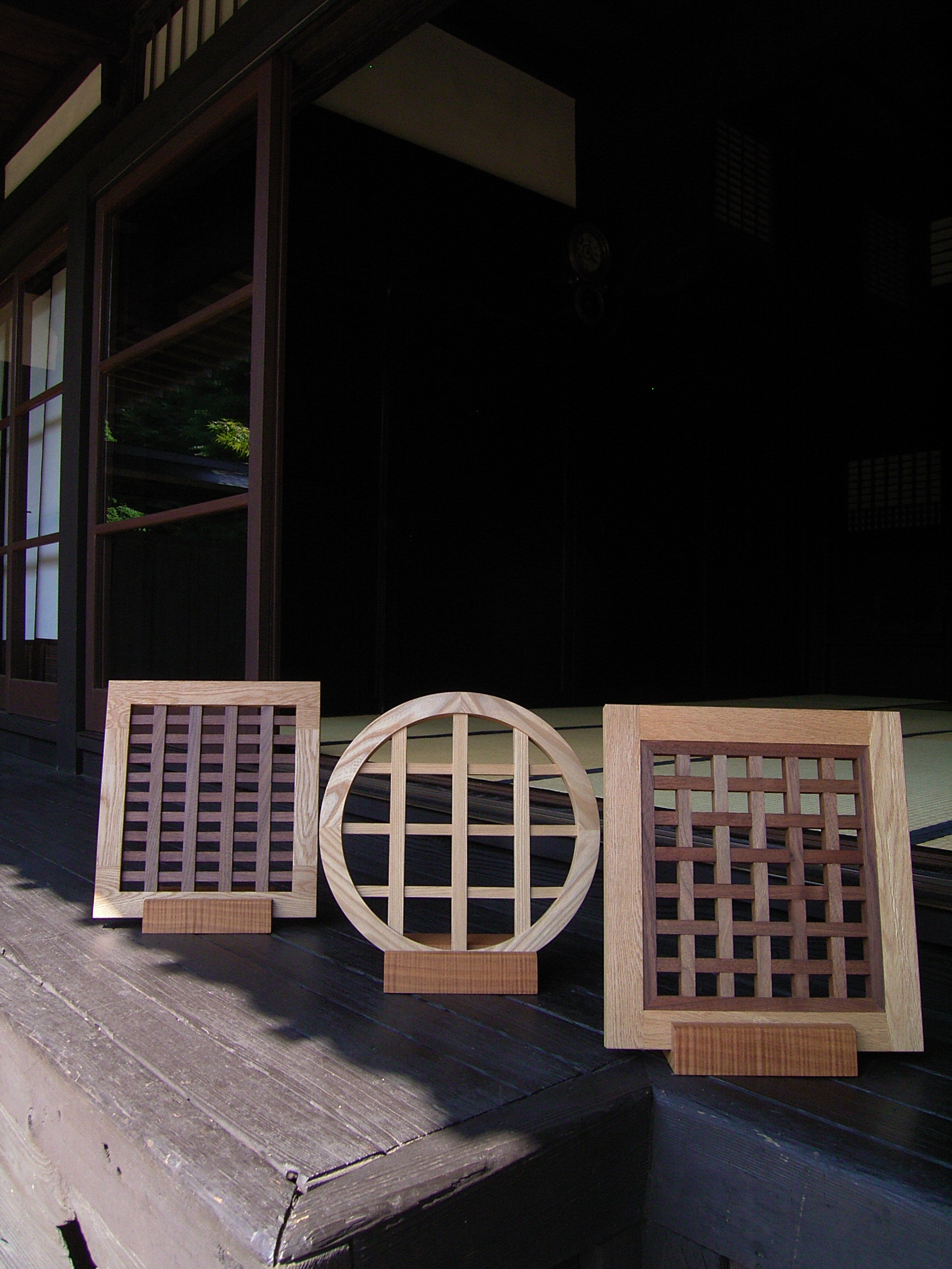 """神奈川のオーダー家具屋の作る京都の丸と四角格子建具"""""""