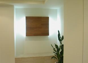 家具施工例 波をイメージした玄関照明