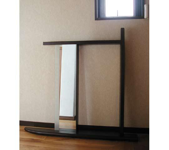 照明付き洗面所窓枠3