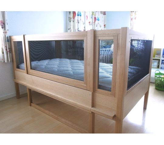 神奈川の家具屋が作る障害をもたれたお子さまの大人になっても使えるサークルベッドのオーダー家具