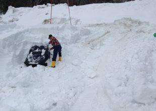 久しぶりの苗場行きは雪とのかっとうでした。