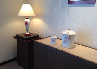 大倉陶園様の創業100周年に向けた展示会に参加をいたしました。