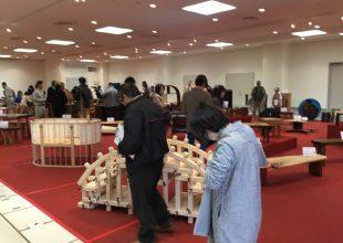 秋山木工様の展示会「丁稚と職人の木工展」に行ってまいりました。