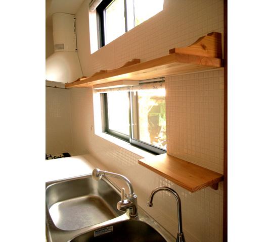 唐松材を使用したキッチン