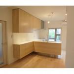 東京のオーダー家具ユウキが作ったメープル材(板目)を使用した対面式キッチン