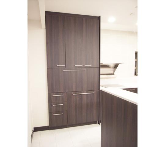 高級感と機能性を備えたキッチン8