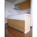 東京のオーダー家具ユウキが作った雑誌が飾れるキッチンカウンター