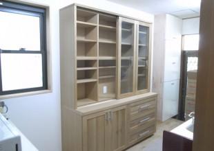 キッチン収納 限られたスペースでも収納力のある食器棚