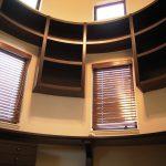 東京のオーダー家具ユウキが作った円筒形の書斎にあわせた360度家具