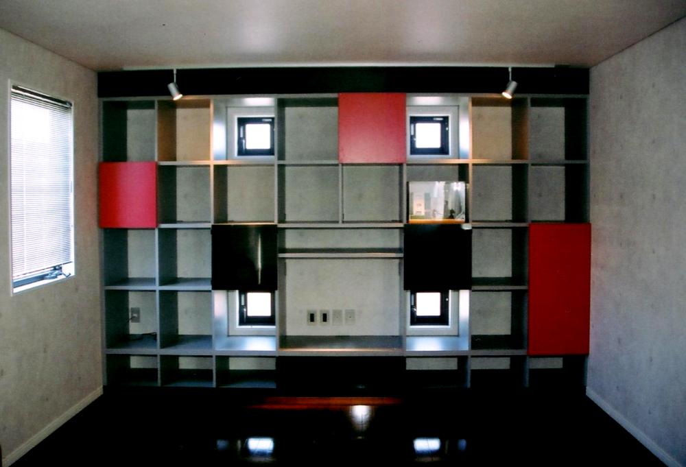 ホームシアター用の壁面収納[1]