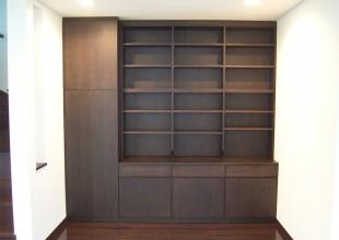 壁面収納 様々なものが収納できる多目的壁面収納