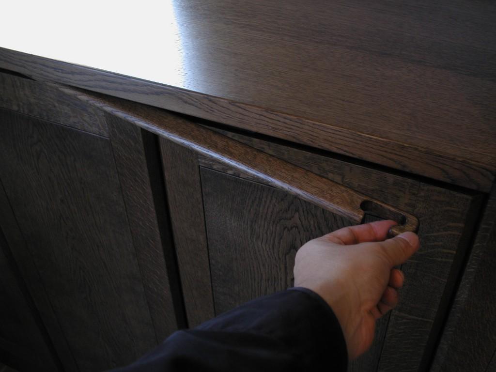 鏡の付いた玄関収納[4]