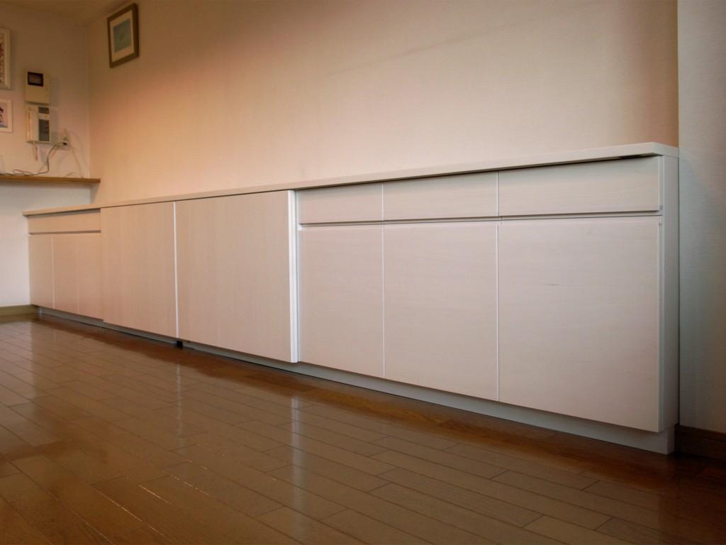 扉のみ木材のローボード[1]