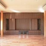 東京のオーダー家具ユウキが作った幅7mのリビングボード・仏壇収納