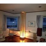 東京のオーダー家具ユウキが作った格子柱を利用して制作したM様邸のデスク兼飾り棚