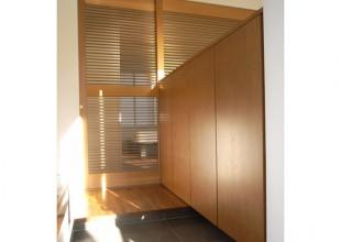 玄関収納・玄関家具 たたきから上がりかまちまでの下駄箱収納