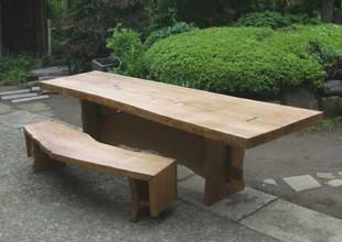 テーブル・デスク ナラ無垢材の1枚板を使用したテーブルとベンチ