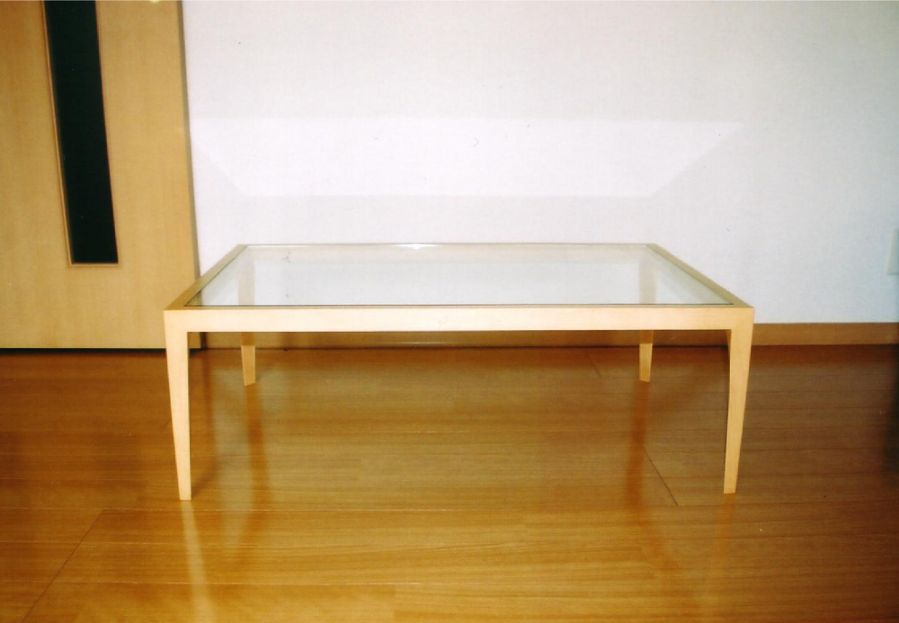 ガラスのローテーブル[1]