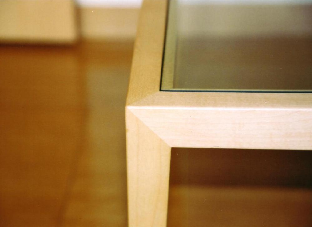 ガラスのローテーブル[2]