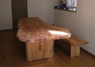 テーブル・デスク 楠一枚板のダイニングテーブル