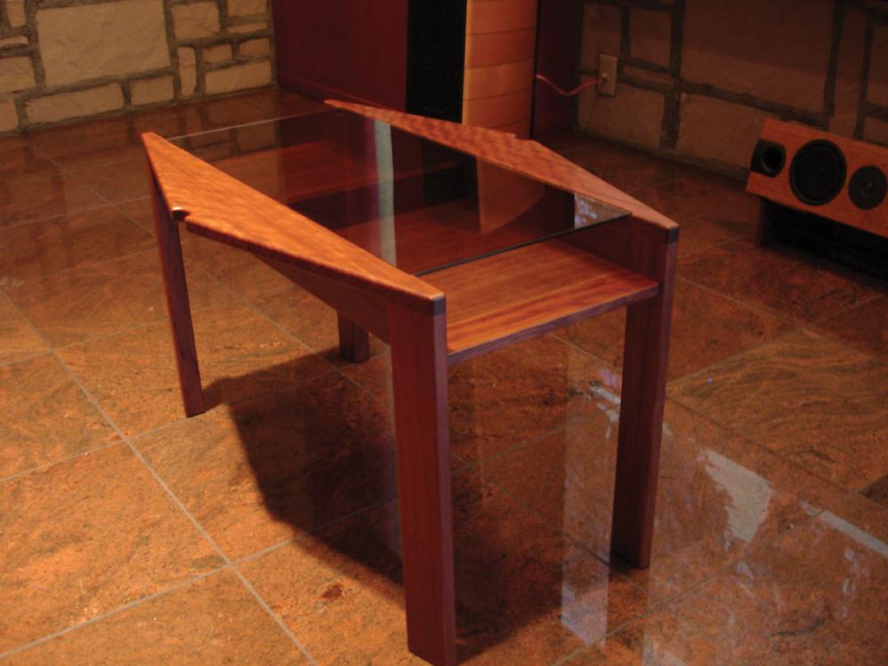 ブビンガ材のサイドテーブル[1]