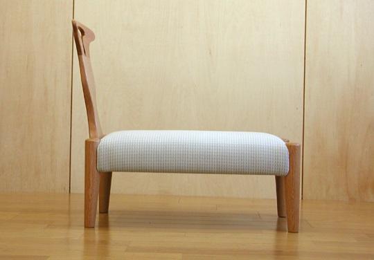 神奈川のオーダー家具屋の作る脳障害児 ルナ君の椅子_1