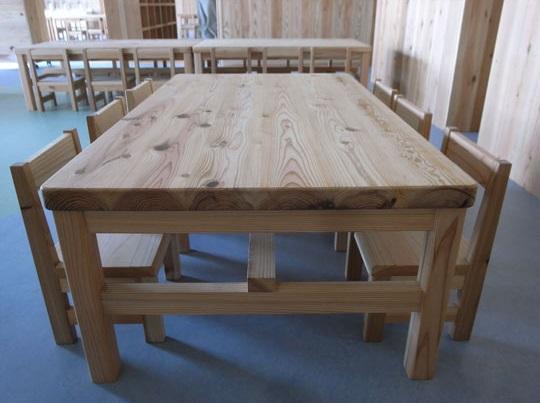 神奈川県産の杉を使用した家具2