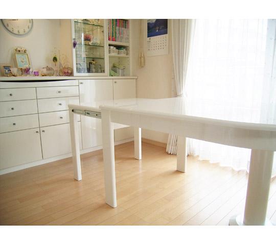 白塗りつぶし変形テーブル3