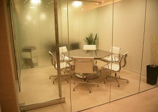 テーブル・デスク ステンレス天板の六角テーブル(Tー512)