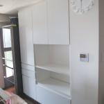 東京のオーダー家具ユウキが作った使い勝手が良い使用中の食器棚を参考に製作した白の食器棚