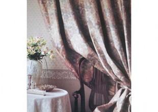 ヨーロピアンタイプのカーテン