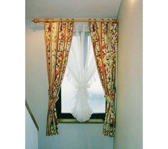 モダンタイプのカーテン07